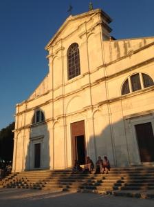 Ronvinj Kirche